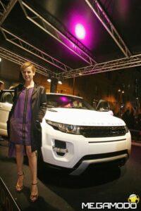 Range Rover Evoque protagonista al Milano Fashion Week