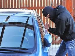 Furto d'auto: come comportarsi con l'assicurazione?