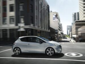 Nuova Peugeot 208 Ice Velvet Limited Edition