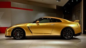 "Nissan GT-R ""Bolt Gold"""