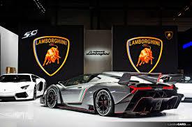 Lamborghini Veneno Roadster: nove esemplari esclusivi a costo milionario