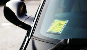 porta assicurazione auto carbonio