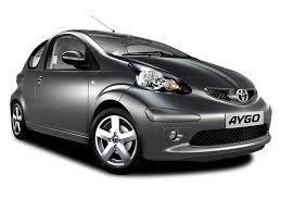 Toyota Aygo si rinnova nel Regno Unito: le nuove versioni ad X