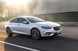 E' il tempo della nuova Opel Insignia Gran Sport
